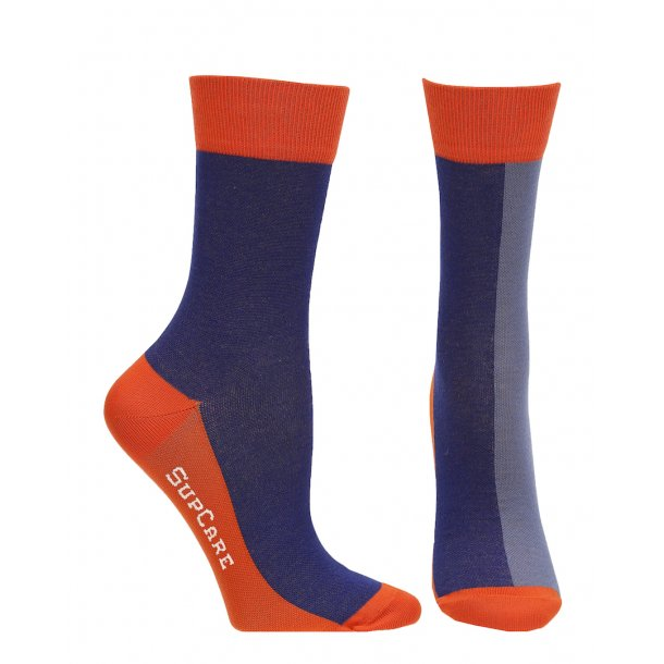 Compression crew socks with bamboo fibers, blue/red